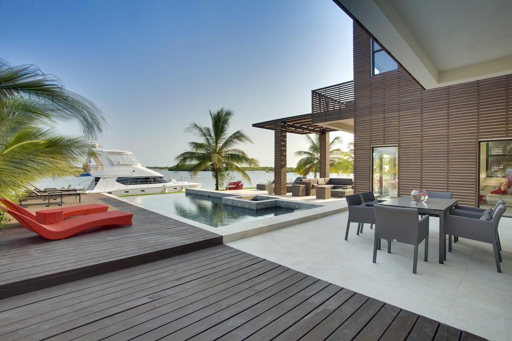 exterior-wild-orchid-resort-belize