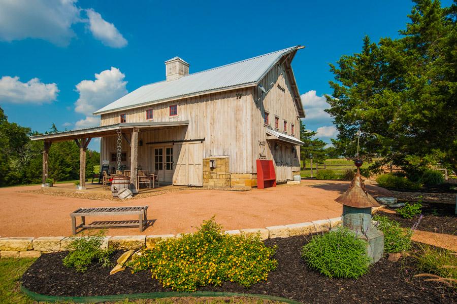 greenville-barn-home-9
