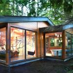 บ้านไม้รูปลักษณ์โมเดิร์น ตกแต่งให้อยู่อย่างโปร่งสบาย กลางบรรยากาศธรรมชาติ