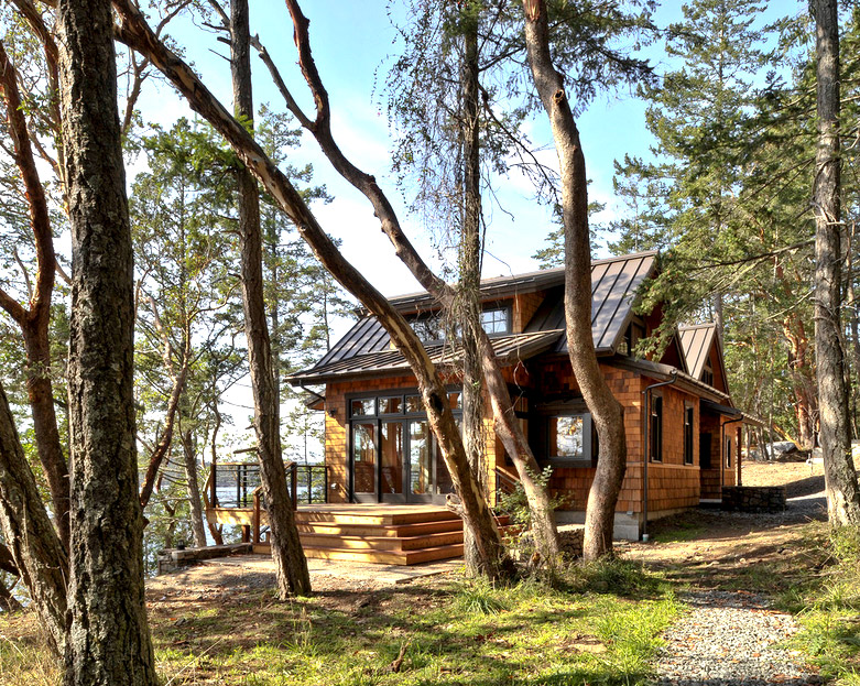 large-wooden-cottage-house-mountain2