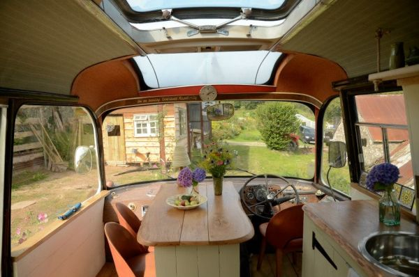 majestic-bus-small-home1