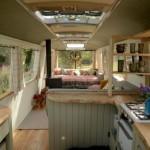 ไอเดียดัดแปลงรถมินิบัสคันเก่า ให้เป็นบ้านหลังเล็กน่ารักน่าอยู่ ในรูปแบบวินเทจ