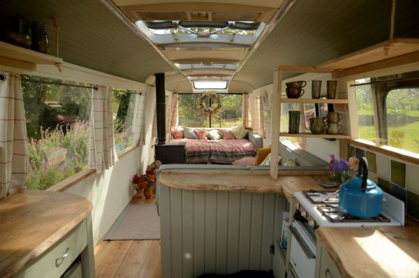 majestic-bus-small-home2