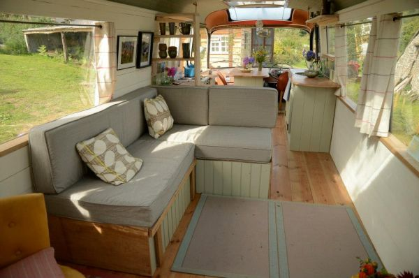 majestic-bus-small-home4