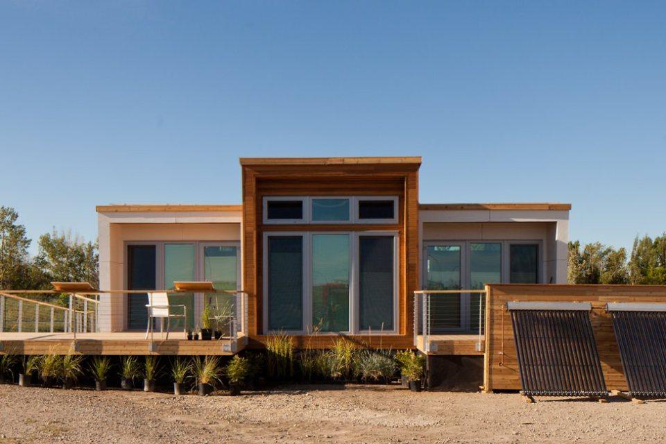 mini solar energy house idea (25)