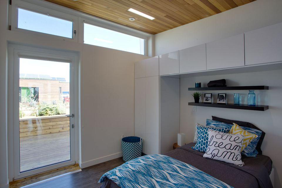 mini solar energy house idea (27)