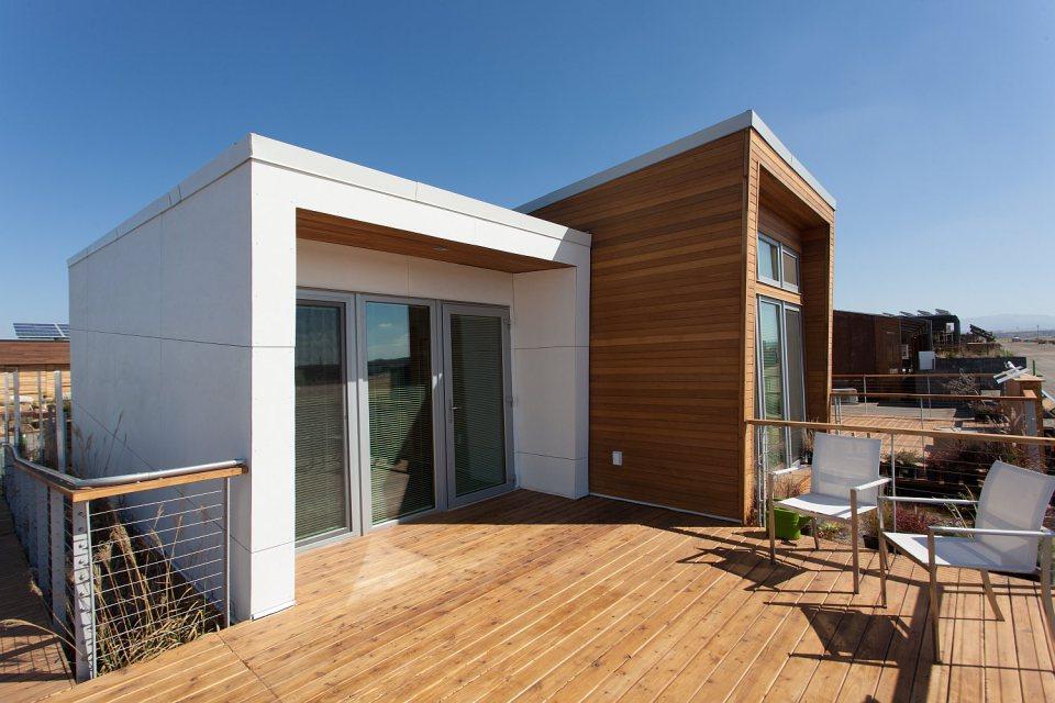 mini solar energy house idea (3)