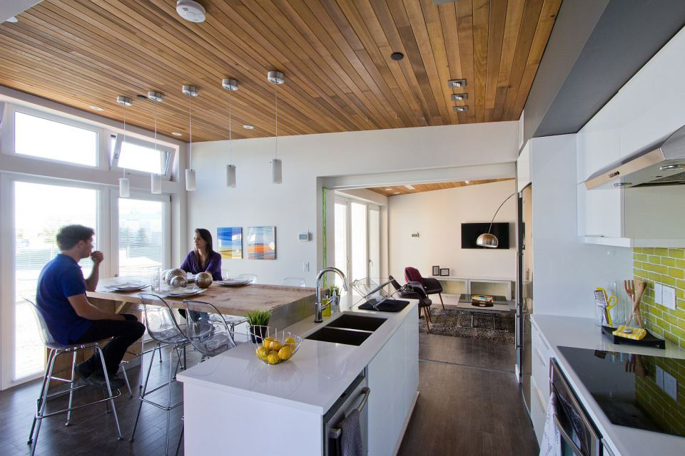 mini solar energy house idea (7)