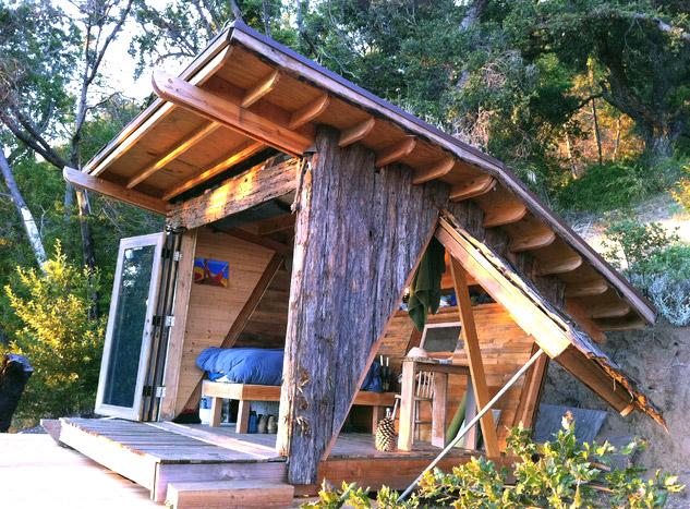 mini-tiny-wooden-house