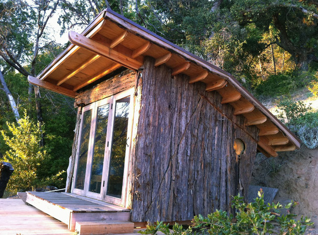 mini-tiny-wooden-house2