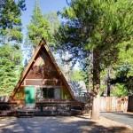 แบบบ้านไม้ทรงกระโจมอินเดียนแดง ออกแบบทรงสามเหลี่ยม ดูคลาสสิคมีเอกลักษณ์