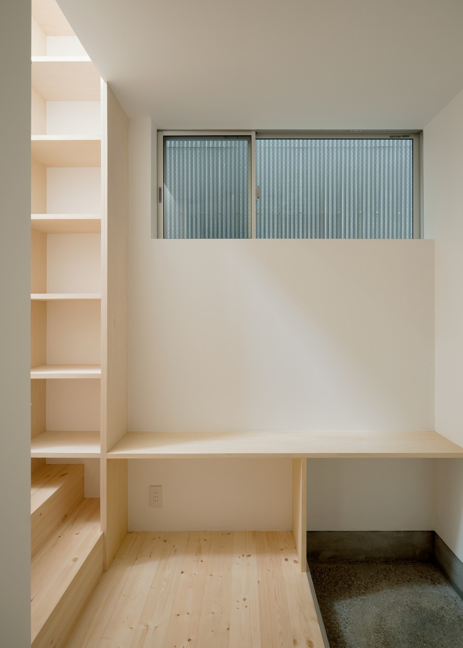 minimal modern townhouse in osaka japan (13)
