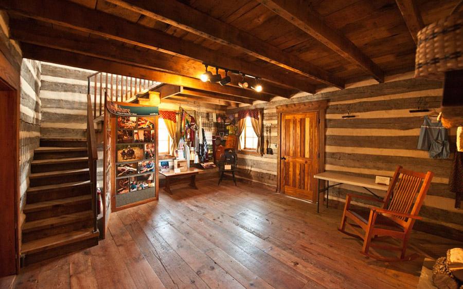 missouri-log-cabin-2