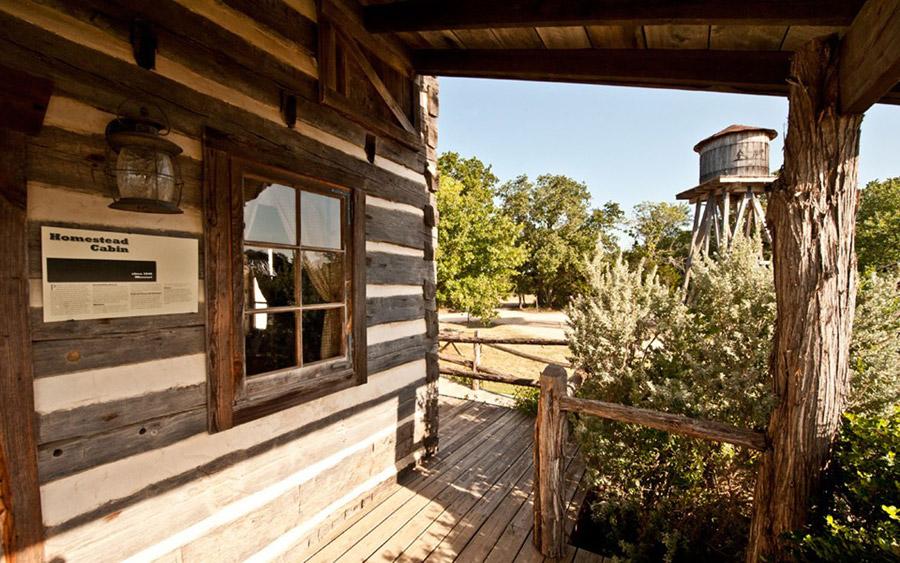 missouri-log-cabin-4