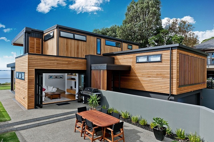 moden contemporary wood sea house with beautiful view (1)