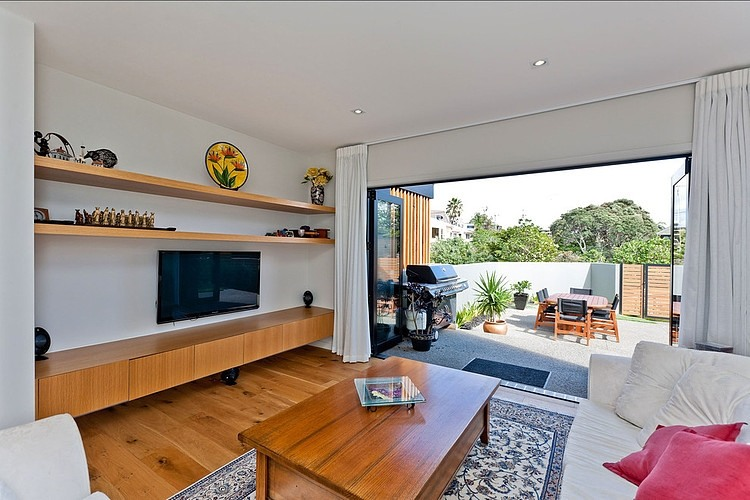 moden contemporary wood sea house with beautiful view (6)