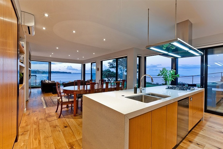 moden contemporary wood sea house with beautiful view (9)