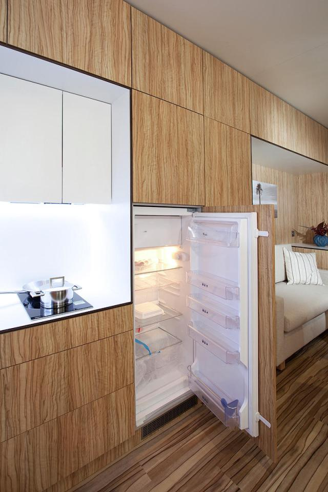 modern compact wooden house for small living (12)
