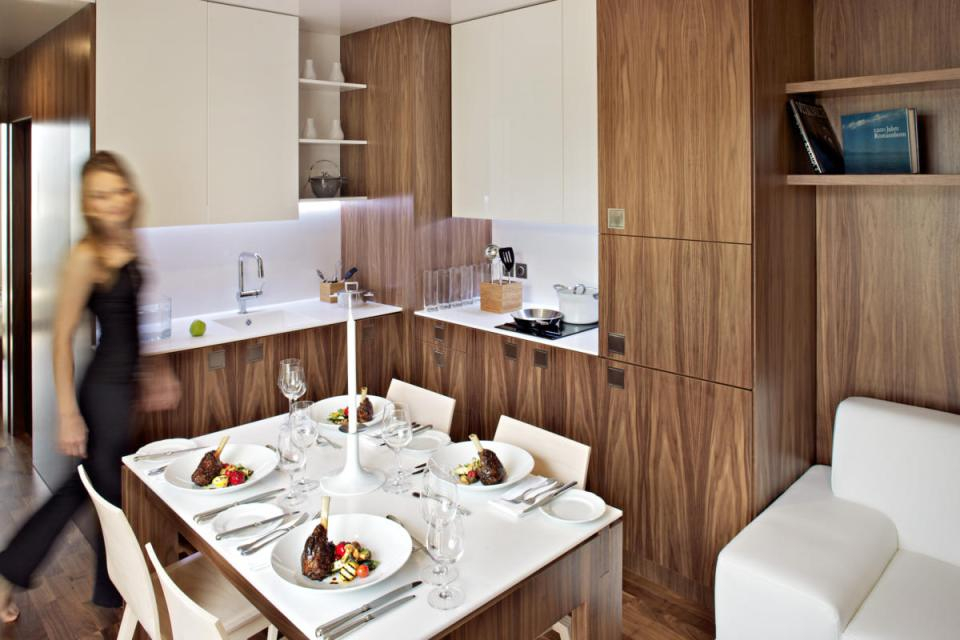modern compact wooden house for small living (14)