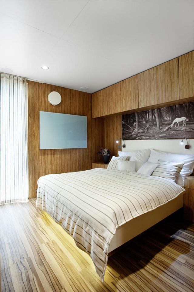 modern compact wooden house for small living (16)