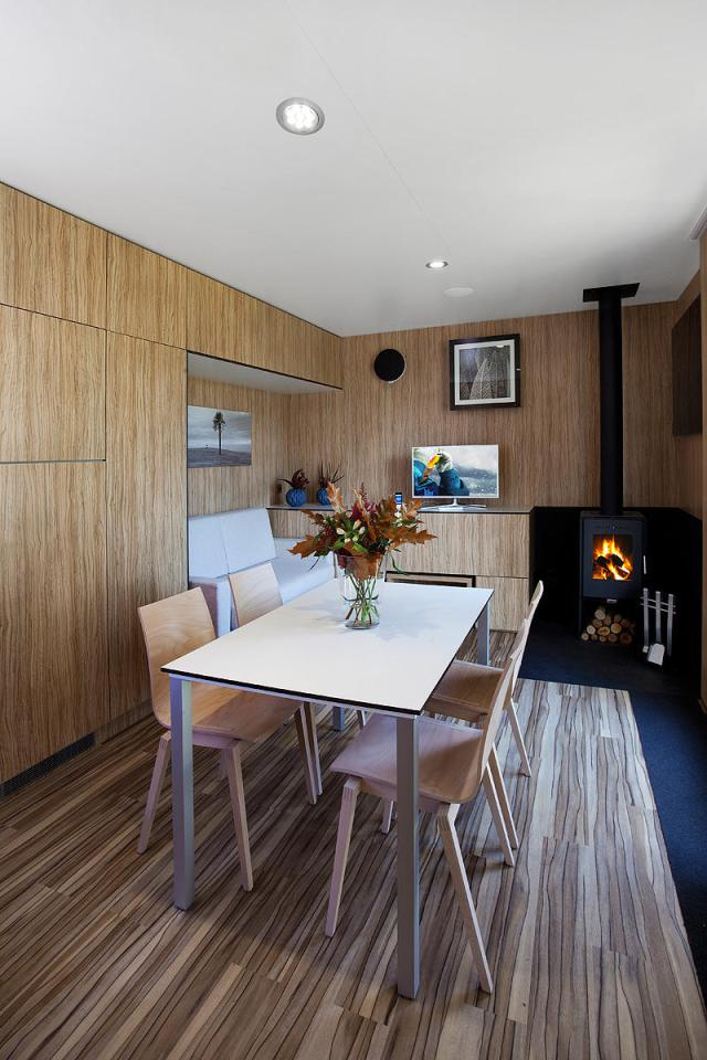 modern compact wooden house for small living (5)