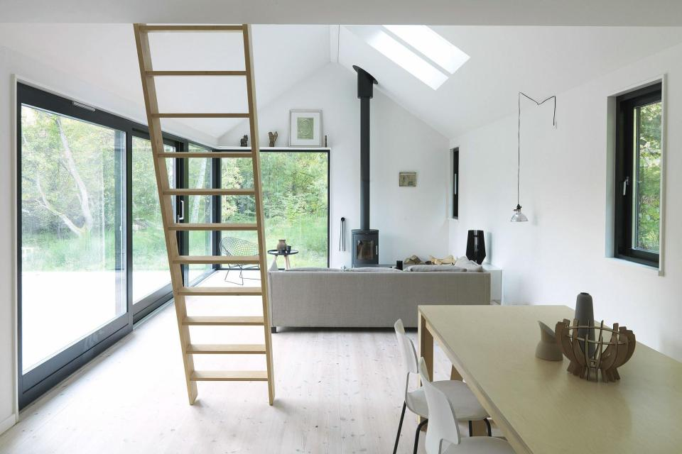 modern contemporary loft cottage house in denmark (6)