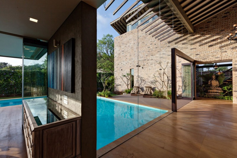 modern contemporary moonsoon house in india (9)