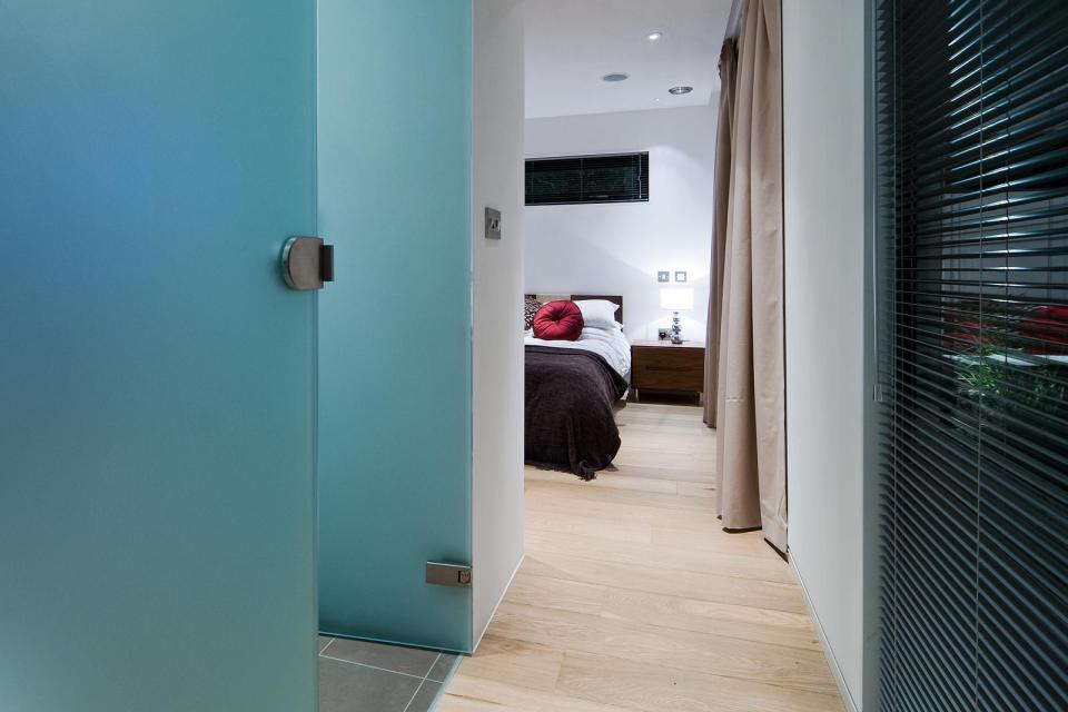 modern house compact living idea (18)