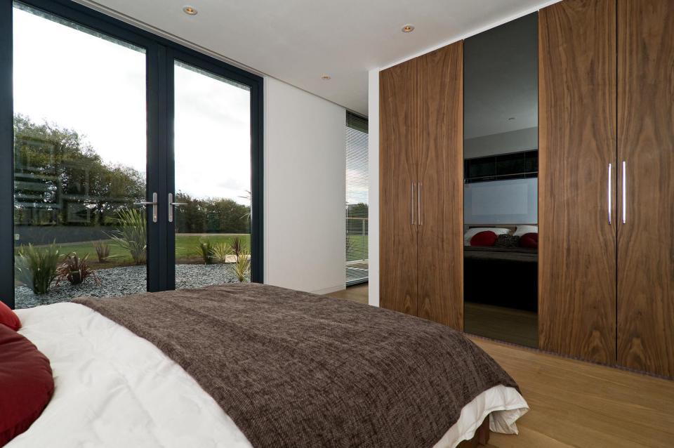 modern house compact living idea (21)