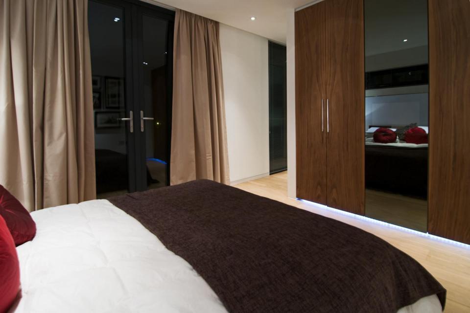 modern house compact living idea (22)