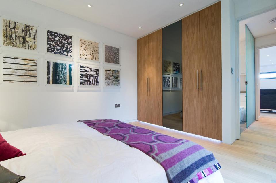 modern house compact living idea (26)
