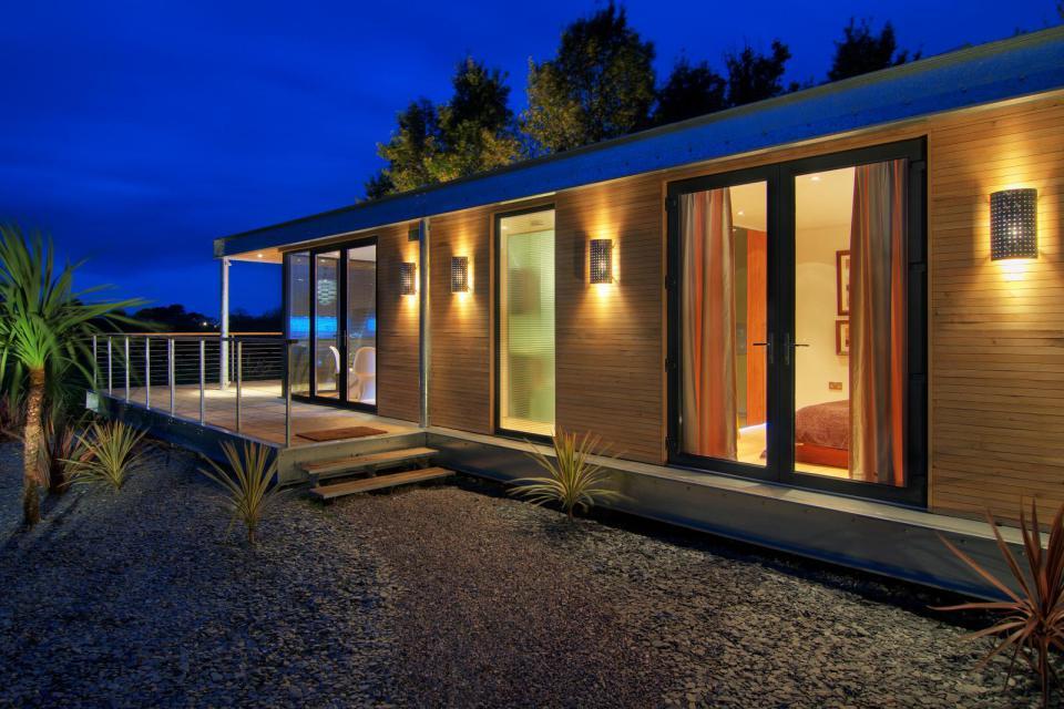 modern house compact living idea (4)