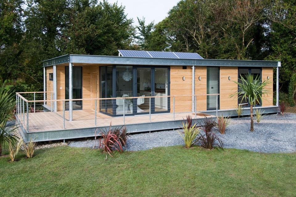 modern house compact living idea (8)