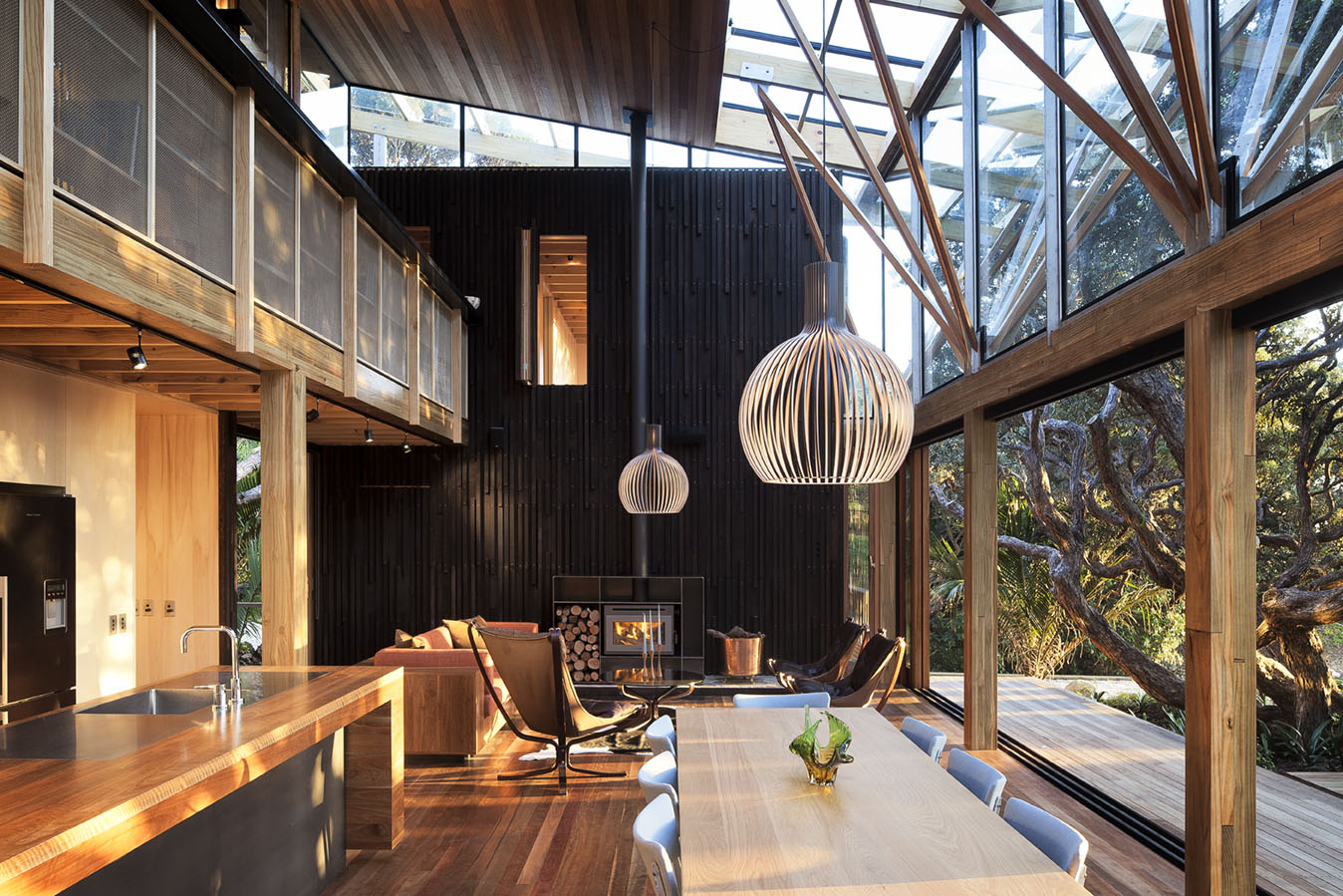 modern-house-design-transparent-interior-raw-exposed-materials4