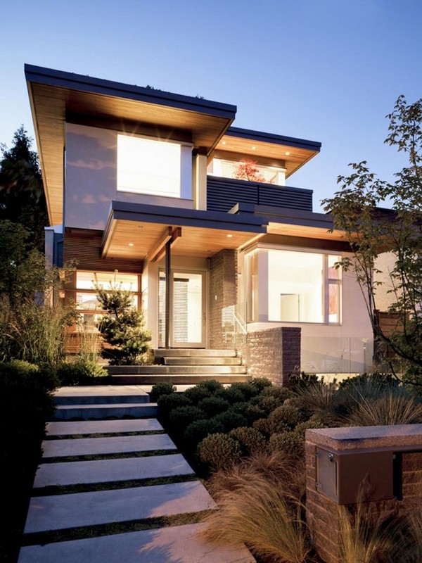modern house with nature surrounding in city (2)