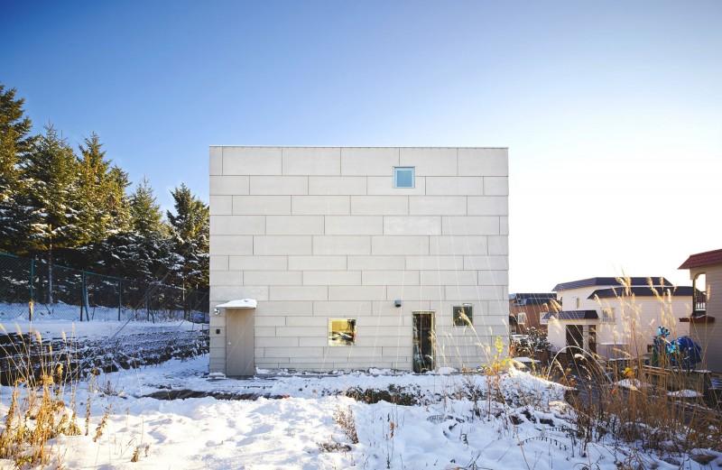 modern loft house in japan (1)