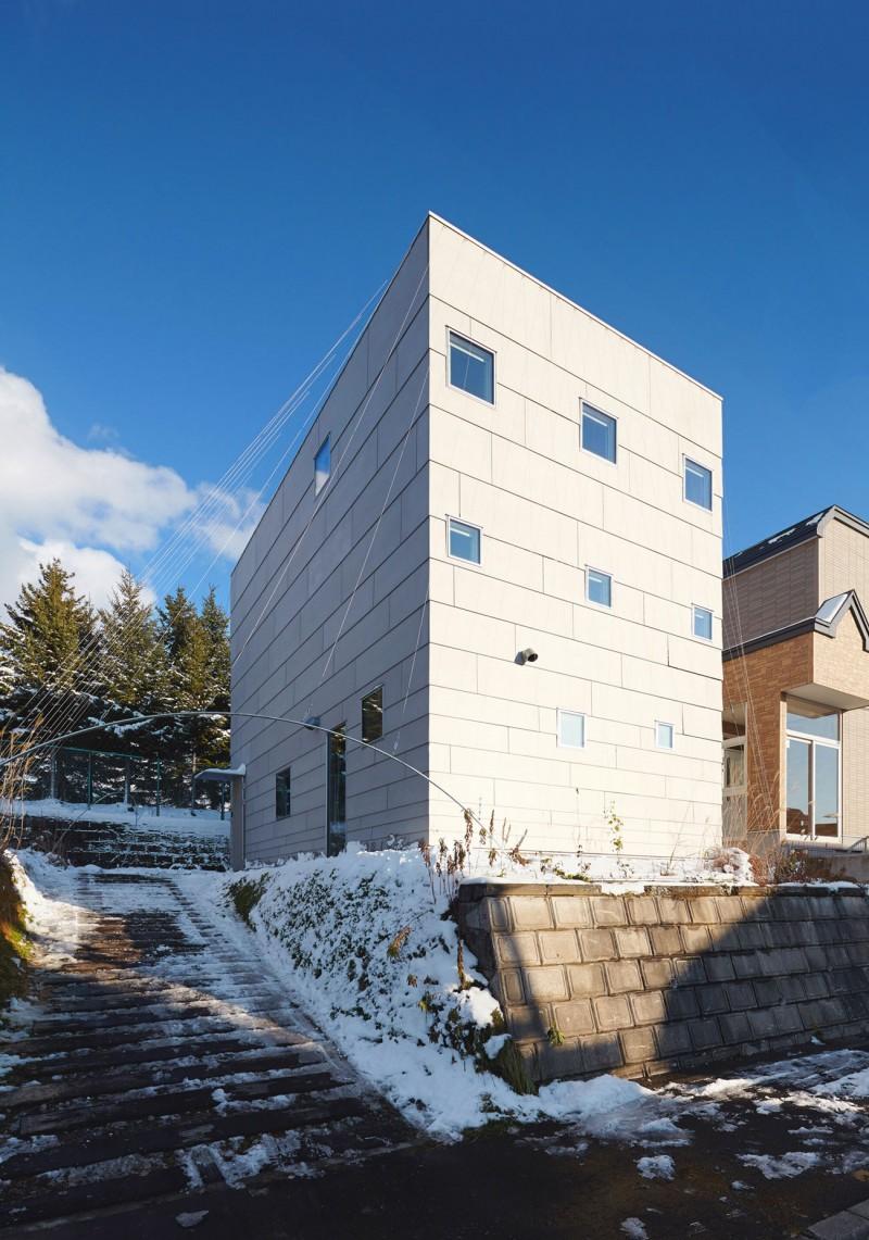 modern loft house in japan (3)