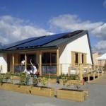 บ้านประหยัดพลังงานแห่งยุคอนาคต รูปทรงออกแบบอย่างมีเอกลักษณ์ ใช้งานได้ครบครัน