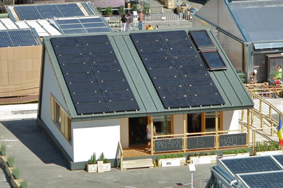 modern loft solar power house (6)