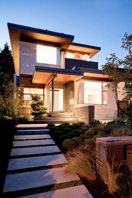 modern-town-home-with-garden