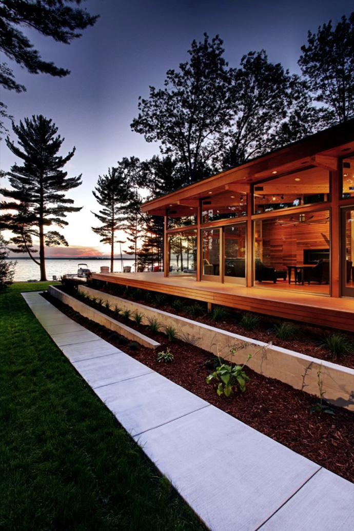 modern wood glass house for holiday life (12)