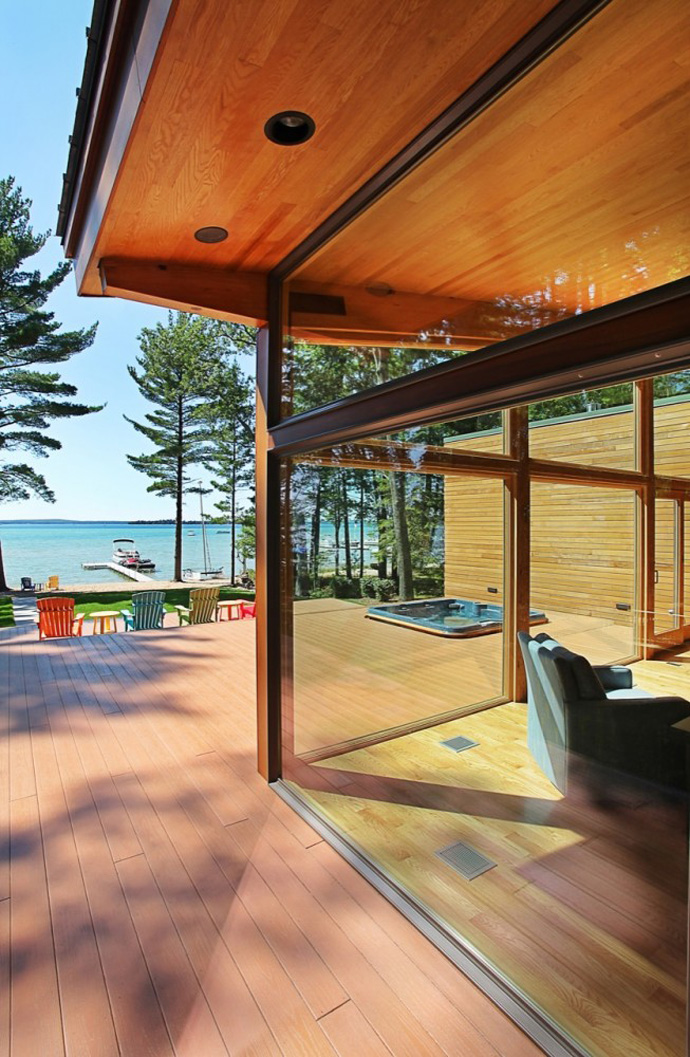 modern wood glass house for holiday life (14)
