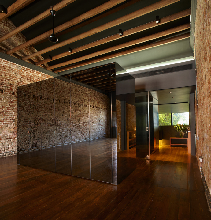 renovate old townhouse to modern contemporary wooden house (4)