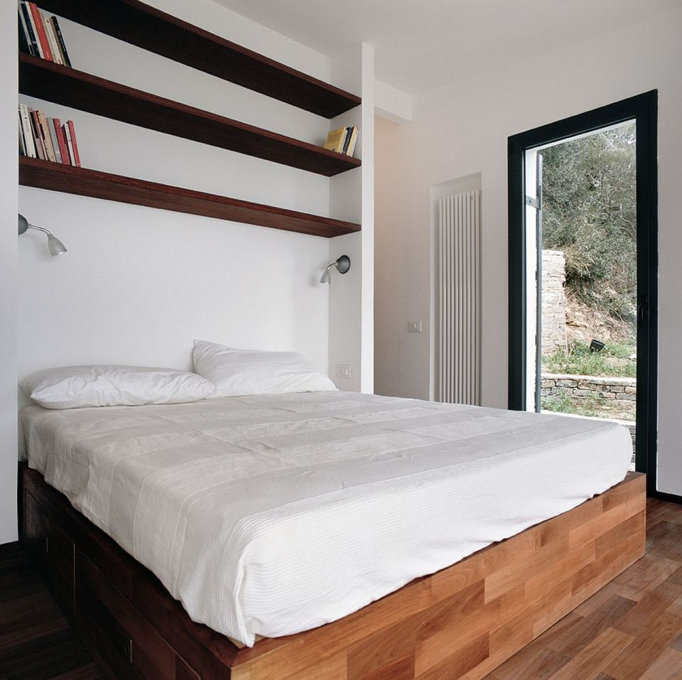 small box classic contemporary loft minimal house in italy (2)