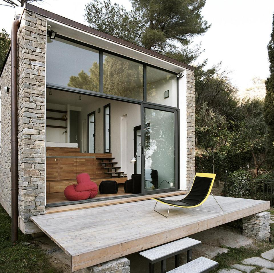 small box classic contemporary loft minimal house in italy (4)