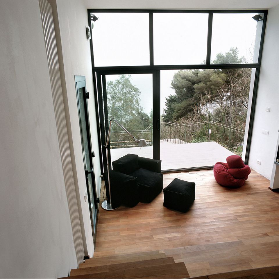 small box classic contemporary loft minimal house in italy (5)