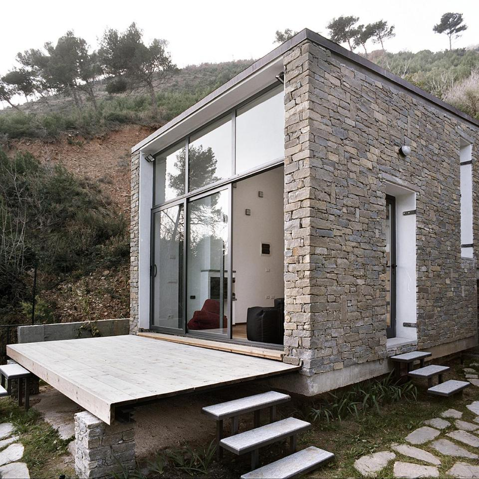 small box classic contemporary loft minimal house in italy (9)