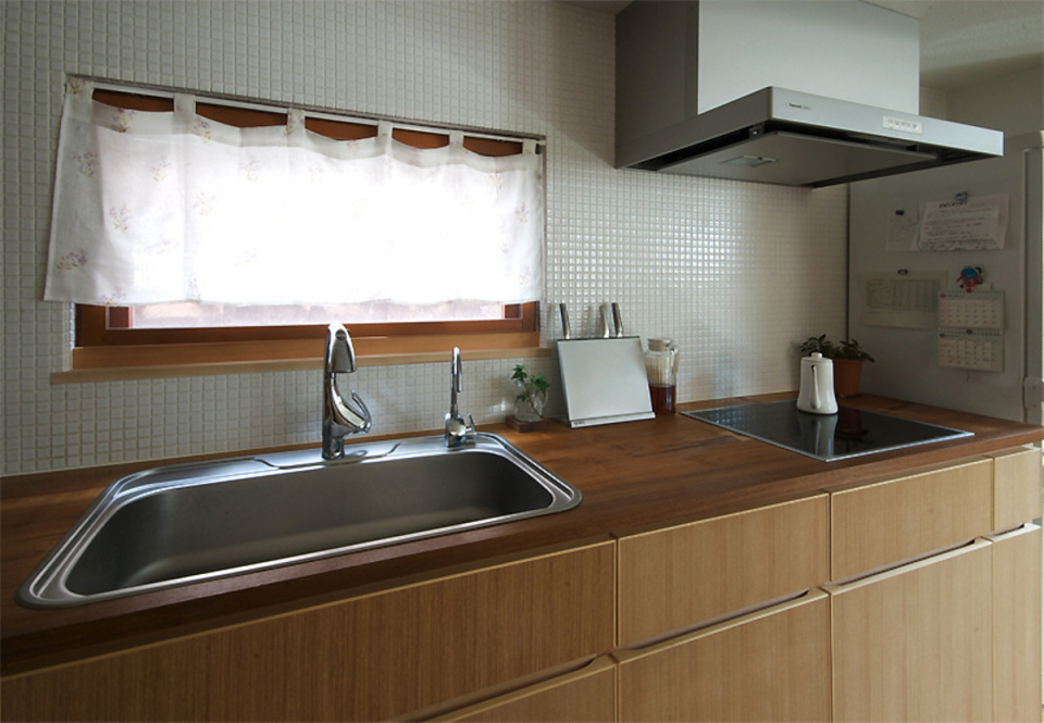 small compact wood house in japan kyoto (10)