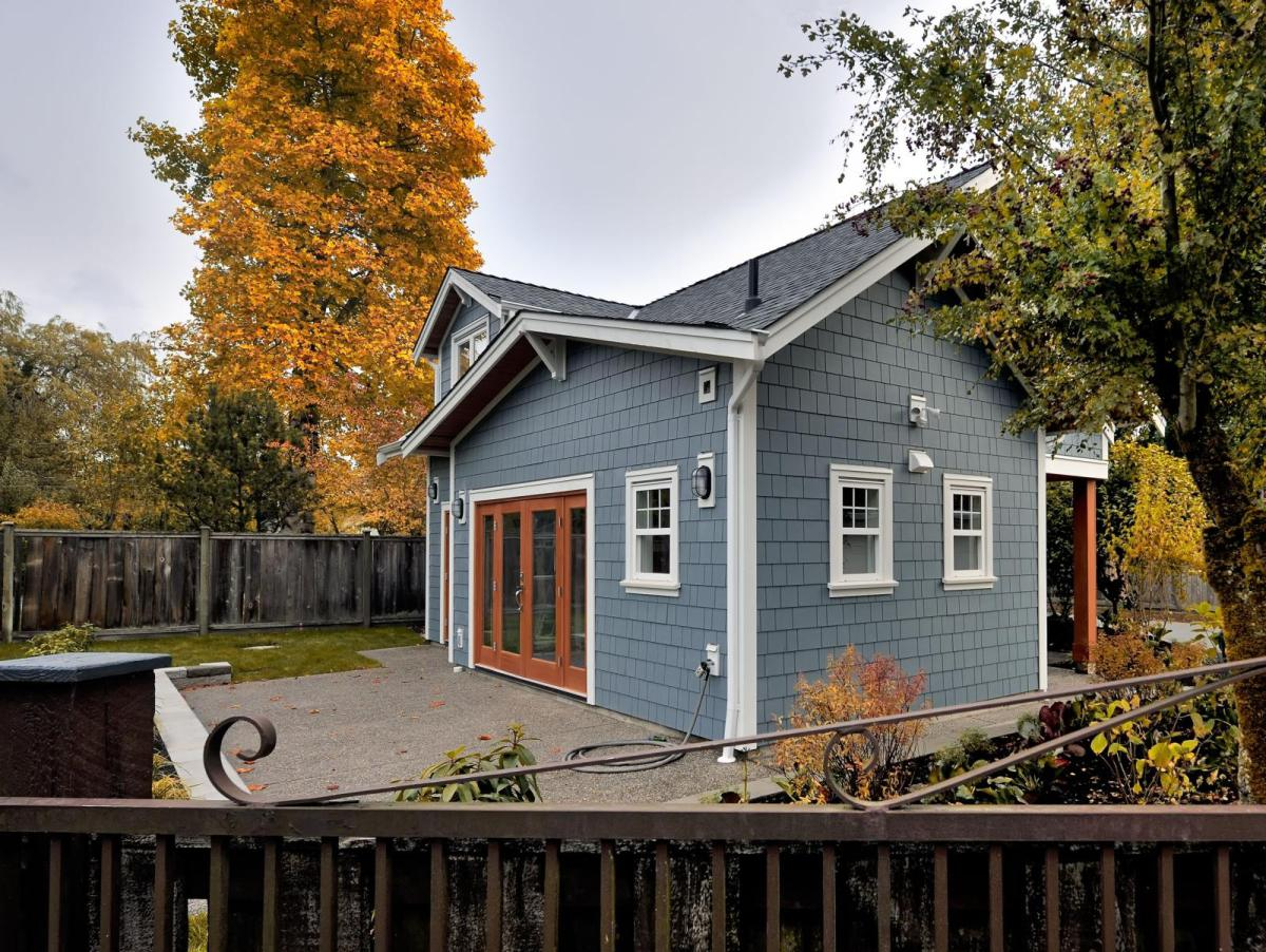 small cottage 75 sq mt house (3)