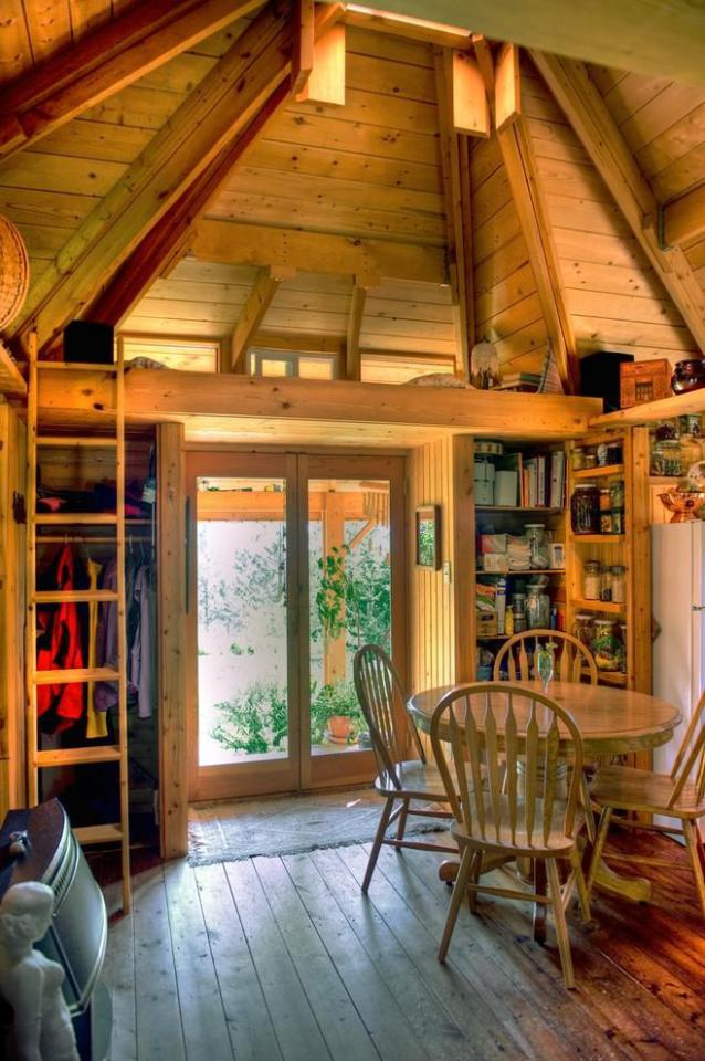 small cottage house for single people (4)